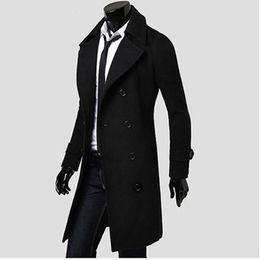 a9b4a6796 Al por mayor-Mens Trench Coat 2017 Nuevo Diseñador de Moda Hombres Abrigo  Largo Otoño Invierno Doble-cruzado a prueba de viento Delgado Trench Coat  Hombres ...