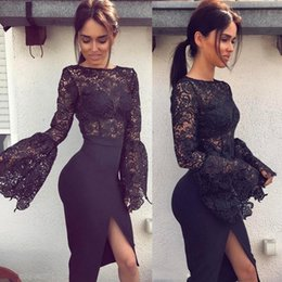 Longitud De La Rodilla Vestido De Baile De Coral Baratos-2017 Sexy Little Black Cocktail Vestidos Jewel Cuello Corto Prom Prom Vestido de longitud de la rodilla Appliqued Front Split Party Dress