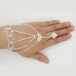 $enCountryForm.capitalKeyWord UK - Wedding Heart Harness Bracelet Fashion Women Girl Glitter Heart Rhinestone Hand Bangle Slave Chain Link Finger Ring Bracelet