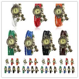 Heißer Verkauf DHL geben Verschiffen Retro- Quarz-Art- und Weisewebart-Verpackung um die Baum-Blatt-grüne Mädchen-Uhr der ledernen Armband-Armband-Frauen auf Lager frei