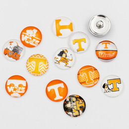 tennessee jewelry NZ - 10 Styles Newest Tennessee Volunteers Snap Buttons 18mm Glass NCAA College Sports Snap Charms Fit For Ginger Snap Jewelry