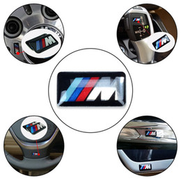 Ingrosso Car Wheel Badge M Sport 3D Emblem Sticker Decalcomanie Logo Per bmw M Serie M1 M3 M5 M6 X1 X3 X5 X6 E34 E36 E6 Car Styling Adesivi