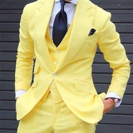 Gilet De Smoking Smoking Pas Cher-New Yellow Wedding Hommes Costumes Trois pièces One Button Custom Made Groom Tuxedos for Men (Veste + Pantalons + Vest)