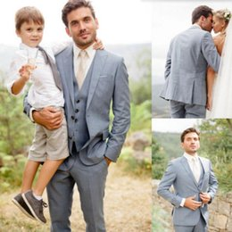 men s vest pants light grey UK - Light Gray Wedding Suits tailor made Groom suits Tuxedos Fashion Formal business occasions suits tuxedos(Jacket+Pant+Vest)