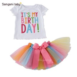 T-shirts Pour Tutus Pas Cher-New Cute Birthday Party Robes de soirée pour filles Tops en t-shirt blanc + Bow Bowl Tutu Jirts 2pcs kids Ensembles de vêtements Ensemble à rayures pour enfants A613