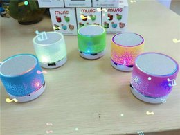 $enCountryForm.capitalKeyWord NZ - 2016 hotsale Mini portable S10A9 crackle texture Bluetooth Speaker LED light can insert U disc, mobile phone player with retail box