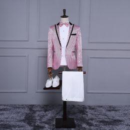 $enCountryForm.capitalKeyWord NZ - Brand New 2017 Pink Long Sleeves Sequins Stage Performance Costumes Wedding Party Groomsman Groom Suit Blazers Costumes For Men