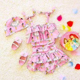 Barato Vestido De Banho De Criança-Kids Girls Bikini Swimwear Baby Girls Cartoon Swimsuit Toddler One-Piece Dress + Hat 2pcs Set 2017 Princess Bathing Tankini Beach Clothing