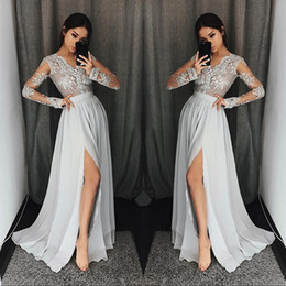 Barato Vestidos Longos De Lycra-Prata Grey Long Sleeve Prom Dresses Long Neck Neck Appliques Lace vestidos de festa formal com alto Split Modest Evening Dress