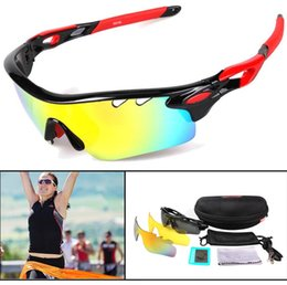 Wholesale 2017 New Sports glasses Sunglasses Colorful Transparent Frame Black Rubber Mens Womens Riding Glasses Cycling Eyewear pairs Lens