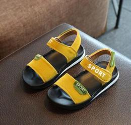 2018 zapatos de verano para niños sandalias de dedo del pie sandalias niños niñas color coreano sandalias de los niños de fondo suave bolsa de correo en venta