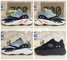 Bas À Bas Prix Pour Les Femmes Pas Cher-2017 Kanye West Wave Runner 700 Boost Femmes Chaussures de course 700s Bottom Glow In The Dark Sports Sneakers Cheap Brand Trainer Shoe