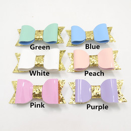 $enCountryForm.capitalKeyWord Canada - 10pcs lot Synthetic Leather Bow Hair Clip Fashion Baby Pink White Grip Gold Glitter Bowknot Hairpin Newborn Toddler Barrette