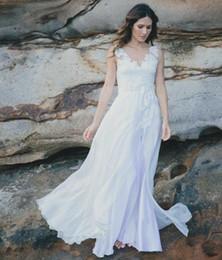 2017 Cheap Beach Wedding Dresses V Neck Backless A Line Chiffon Split Bridal Gowns Custom Made Vestido De Noiva Dress For Bride