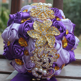Purple Lilac Wedding Bouquets Simulation Flower Supplies Artificial Gold Rhinestones Sweet 15 Quinceanera W227
