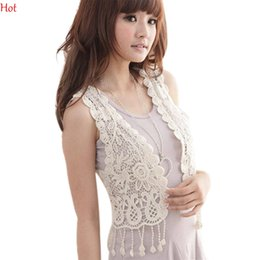 Maillot De Crochet En Dentelle Femmes Pas Cher-Hot Femmes Hollow Out Vest Dentelle Style Cardigan Tops Chemisier Tessels sans manches Crochet court Vest Knitted Crochet Gilet Outwear SV017042