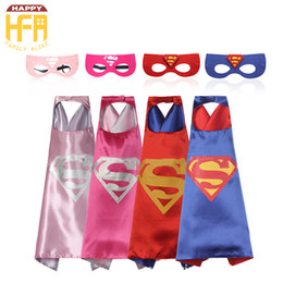 Barato Roupa Super Quente-70 * 70Cm Hot Sale Halloween Costumes Cape Comics Super Heroes Capes e Máscaras Vestuário para Halloween Christmas Birthday Party