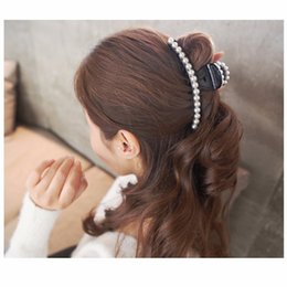 Plastic Barrettes Canada - Elegant Large Artificial Pearls Hair Accessories Cute Plastic Hair Barrettes Beautiful Jaw Claws Long Hair Clips for Women HC446