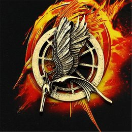 mockingjay bird hunger game UK - Hunger Games Authentic Prop Imitation Jewelry Katniss Pin Movie The Mockingjay Pin Birds Alloys Brooch DHL Free