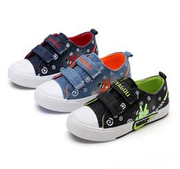 be870ae32882f Toile Enfants Chaussures Sport Respirant Garçons Sneakers Marque Enfants  Chaussures pour Filles Jeans Denim Casual Enfant Plat Européen pointure  27 -36