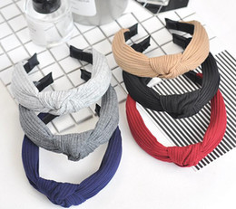 $enCountryForm.capitalKeyWord Canada - Hot sale New hair ornaments headdress knit cross knot hair band hoop wide edge stripes TG039 mix order 30 pieces a lot