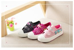 Barato Rosa Atlético Sapatos Criança-Canvas Crianças Meninas Sapatos Meninas Denim Sneakers Pink Hook Loop Polka Dot Kids Shoes Baby Toddler Athletic Shoes Student Fashion
