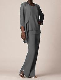 Abiti formali in chiffon grigio per abiti da sposo per la madre Abiti da sera 2018 Abiti lunghi da madre della sposa con giacche Taglie forti