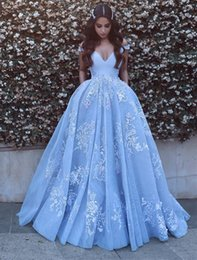 V Robe De Robe Pas Cher-Nouveau Designer Ice Blue Prom Dresses Deep V Neck Lace Appliques Off the Shoulder Robe de soirée arabe Robes de soirée Custom Made Formal Occasions