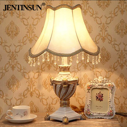 European Style Bedside Lamp Creative Fashion Modern Simplicity Pastoral  Bedroom Table Lamp Court Wedding Wedding Room Decorative Table Lamp White  Resin ...