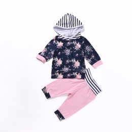 Fashion Tutus For Toddlers Canada - Baby girl clothing set flower autumn 2017 new Hoodies+pant 2pcs baby clothing set fashion kids clothes set for toddler girls