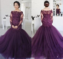 Barato Longo Vestido De Baile Roxo Sereia-Elegant Deep Purple Manga comprida Mermaid Prom Dresses 2018 Off the Shoulder Vintage Lace Sequined Beaded Plus Size Puffy Tulle Evening Gowns
