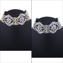 Fashion Necklace Jewelry Europe Pu Fabrics Velvet Geometric Wavy Diamond Rhinestone Glittering Short Lady Collar Choker New Fashion