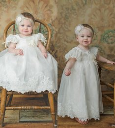 Barato Decote Em Organza-Pure White Cute First Communion Vestidos Beads Jewel Decote Organza Feito à mão Flower A Line Pageant Vestidos