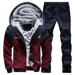 Barato Ternos De Suor De Veludo-Wholesale-New 2016 2PCS Winter Thick Velvet Soft Warm Sweatshirt Homens Set Patchwork Casual Hoodies Tracksuit Sweat Ternos 3XL 4XL