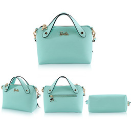 Wholesale Hot Barbie genuine new fresh and stylish portable Messenger bag small summer new color simple handbags