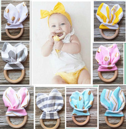 sensory baby toys 2019 - 28 colors Infant baby Teethers Teething ring teeth Fabric and Wooden Teething training Crinkle Material Inside Sensory T