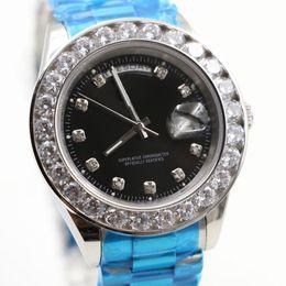 $enCountryForm.capitalKeyWord Australia - Luxury Gold President Day-Date Diamonds Watch Men Stainless Mother of Pearl Dial Bezel Automatic WristWatch Watches