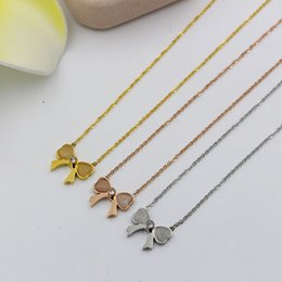 $enCountryForm.capitalKeyWord Australia - The new peach Hibiscus stone Bow Necklace Korean Girls Summer all-match heart-shaped opal titanium bone chain steel