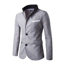 Maillot De Bain Pas Cher-Vente en gros - Brand New Men's Blazer Slim fit 3 Couleurs Mens Suit Jacket Double boucle Design Homme Casual Blazer Spell couleur Pocket Fashion