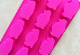 $enCountryForm.capitalKeyWord Canada - Cartoon penguin cand Cake Mold Flexible Silicone Soap Mold For Handmade Soap Candle Candy bakeware baking moulds kitchen tools ice molds