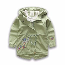 Barato Casaco De Outono Coreia-: Everweekend Girls Revestimento bordado floral Outwears Moda ocidental Vintage Korea Roupa de bebê Autumn Lovely Children Top