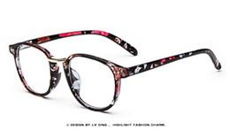 5f6760ab375 New Peoples Optical Glasses Fashion Vintage Optical Myopia Eyeglasses For  Women And Men Eyewear Frame LT9189