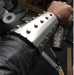 $enCountryForm.capitalKeyWord NZ - arm combat shield fighting shieldaromr bracers tactical arm armor self defense