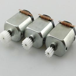 Free Shipping 6Pcs  130 Small DC motor 3 to 5V Miniature motor four-wheel motor small+(Gear package 6pcs) on Sale