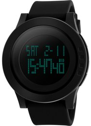 China New Top Unique Fashion Dress Mens Digital Waterproof Sports Watches Classic Black Swimming Army Big Face Brands Running Wristwatches Best suppliers