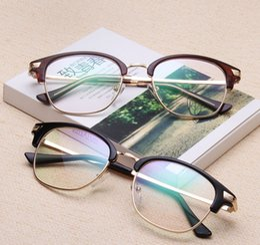 3a95a9cd177 Classic New Fashion Donne di Marca Plain Glasses telaio uomo Donna Clear  Square Eyewear Occhiali Vintage di Alta Qualità Per le donne eyewear caldo