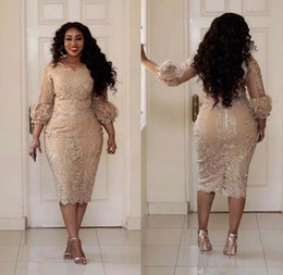 Barato Mulher Champanhe Sexy-2017 Sexy Plus Size Cocktail Vestidos Jewel Neck Applique 3/4 manga Zipper chá vestido de baile Comprimento Moda Champagne Pretty Woman Party Dress