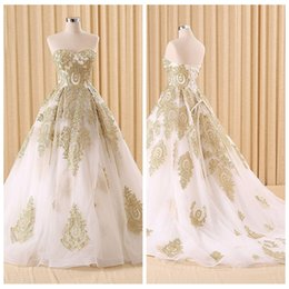Veste Des Robes D'or Pas Cher-Sweetheart Gold Lace Appliques Quinceanera Robes Lace Up Back Custom Online Evening Prom Party Gowns Custom Pageant Lace Up For Girls