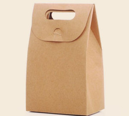 China 10cm x6cm x 15.5cm Kraft Paper Gift Box Candy Paper Bags With Handles Kraft Paper Candy Treat Simple Wholesale Large Gift Box 50pcs lot cheap large candy boxes suppliers