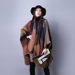 Barato Longas Capas Para As Mulheres-Atacado-2016 Outono Inverno New Plaid Loose Malha Knitted Cashmere Batwing Mulheres Longo Espessura Scarf Poncho Capes Duplex Shawl Cardigan